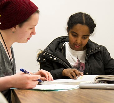student using tutoring services